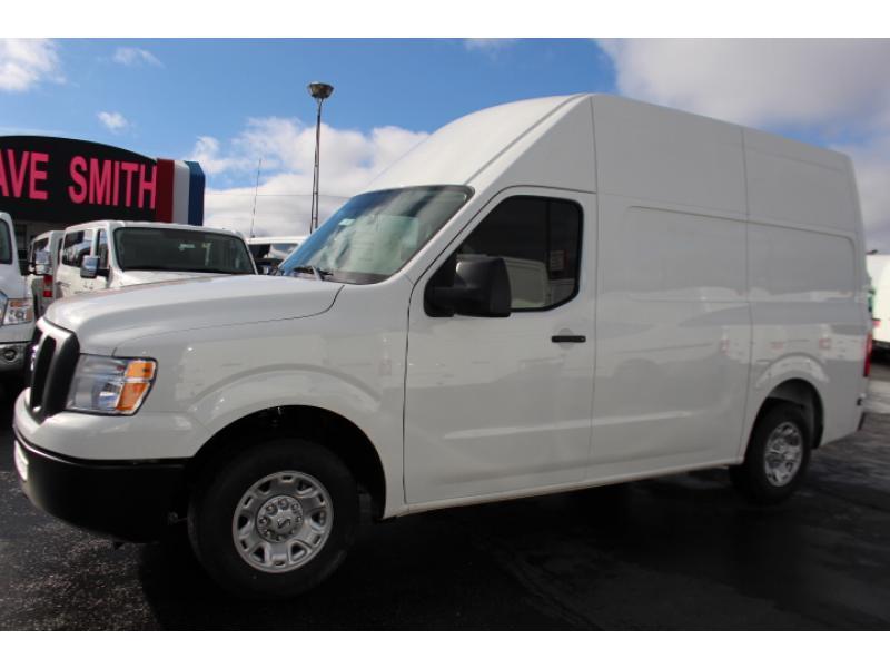 2017 Nissan Nv2500hd Cargo Van, 2