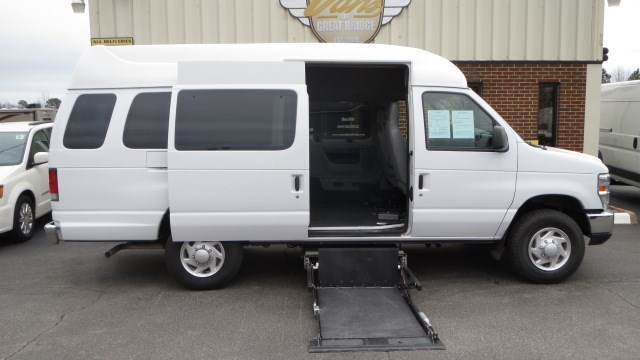 2013 Ford E350  Mobility Van