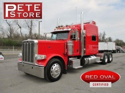 2014 Peterbilt 389  Conventional - Sleeper Truck