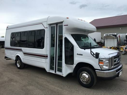 2009 Ford E-450 Super Duty Startrans Bus  Bus