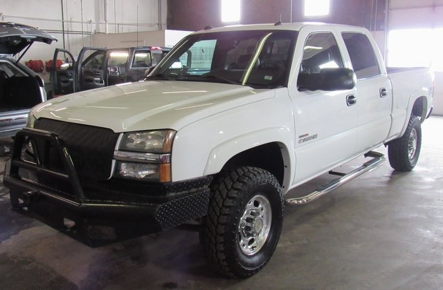 2004 Chevrolet Silverado 2500hd  Pickup Truck