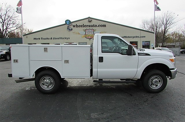 2011 Ford F250  Cab Chassis