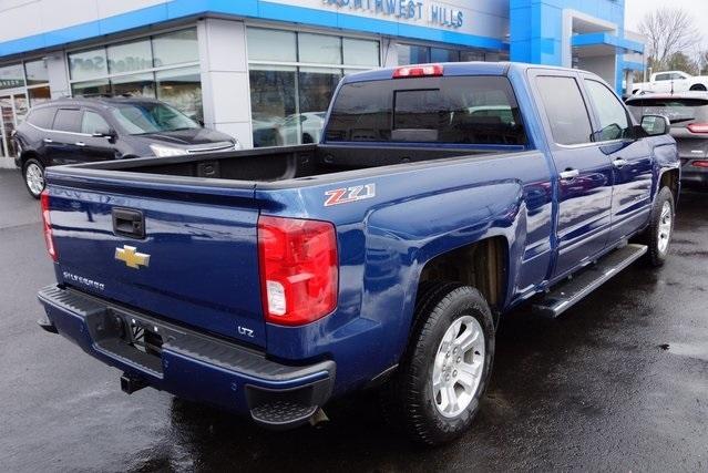 2016 Chevrolet Silverado 1500 Pickup Truck, 3