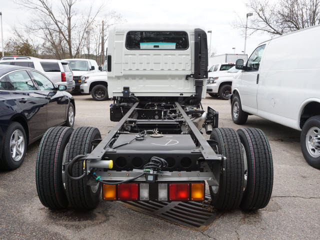 2017 Chevrolet 5500 Cab Chassis, 7
