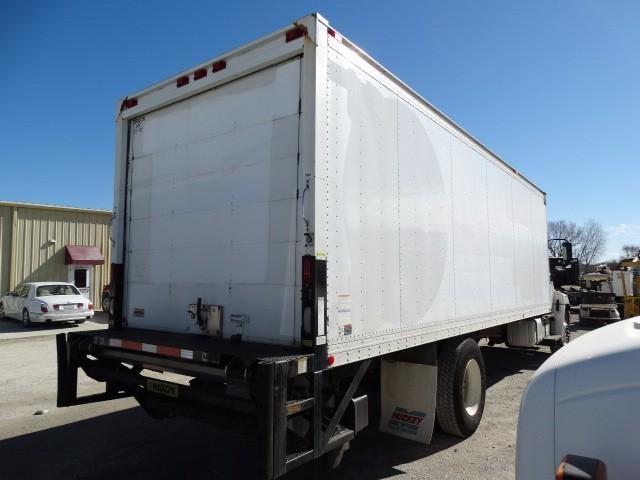 2009 Hino 338 Moving Van, 3