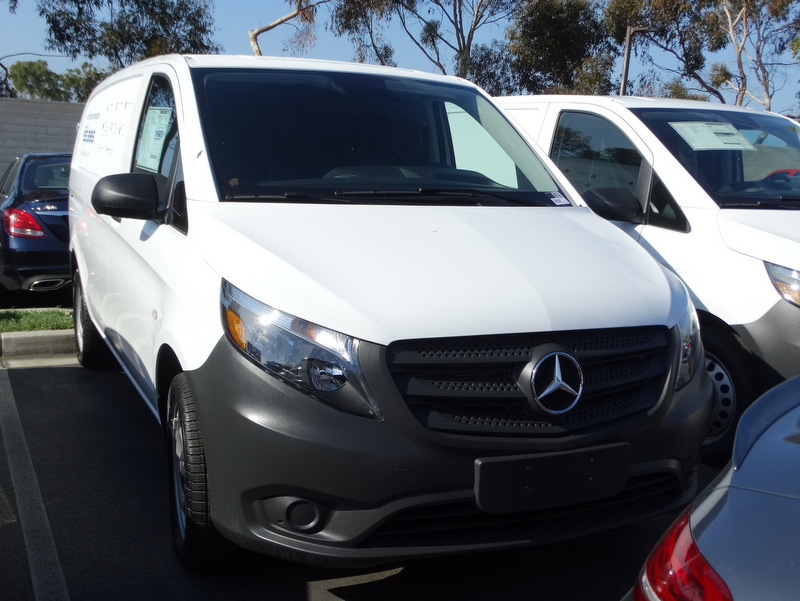 2017 Mercedes-Benz Metris Cargo Cargo Van, 1