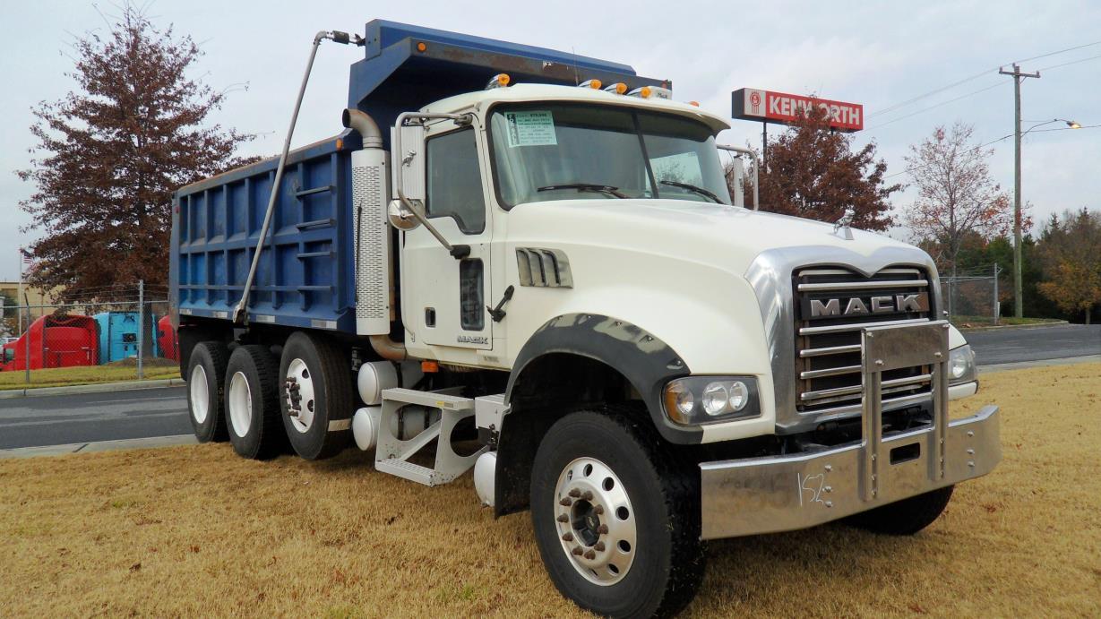 2007 Mack Granite Dump Truck, 1