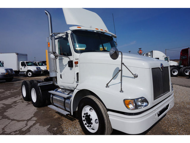 2007 International 9400  Conventional - Sleeper Truck