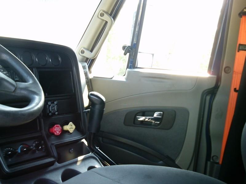 2012 International Prostar Conventional - Sleeper Truck, 6