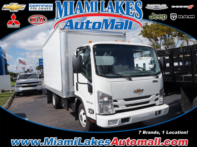 2017 Chevrolet 4500 Box Truck - Straight Truck, 1