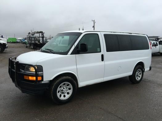 2009 Chevrolet Express Awd Passenger Van Cargo Van