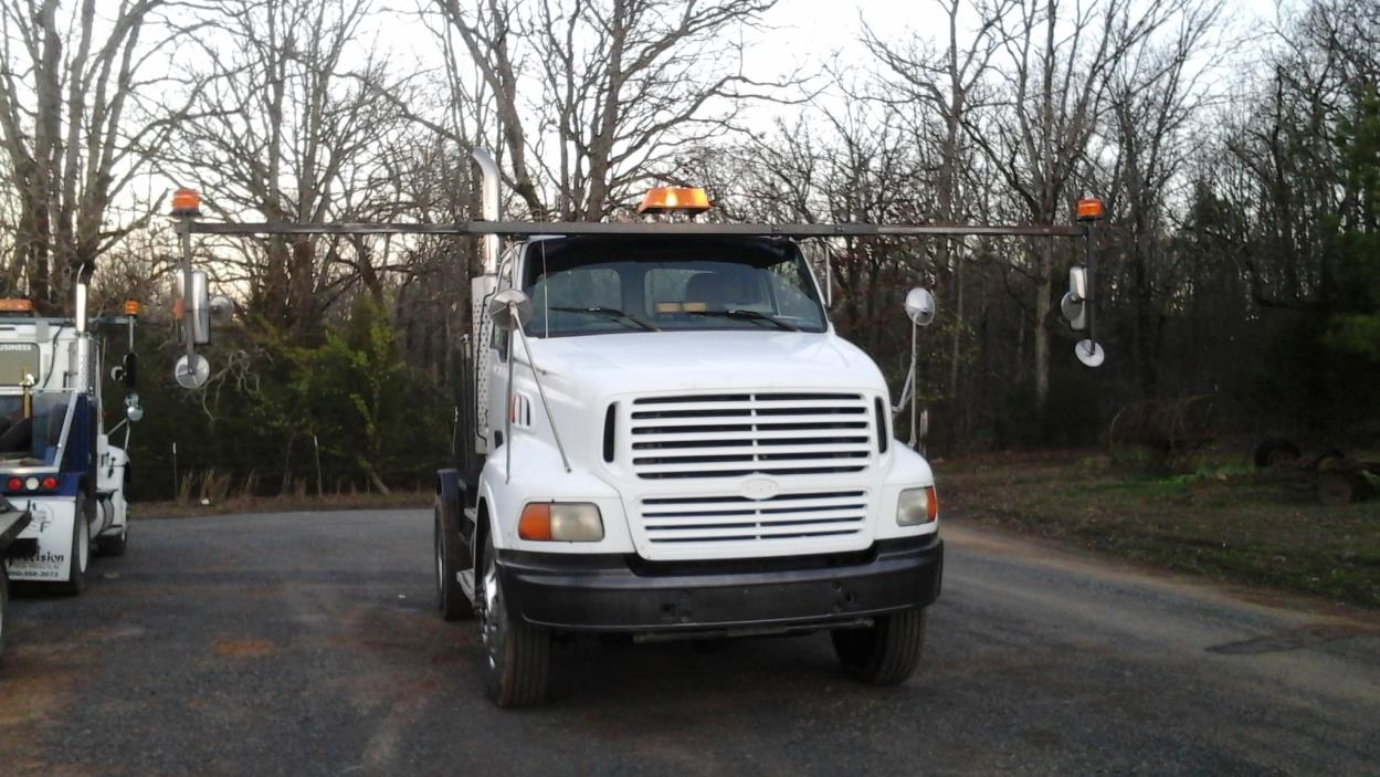 1999 Sterling A9500  Toter