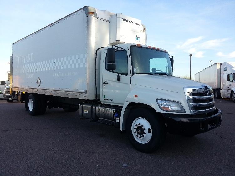 2013 Hino 338  Box Truck - Straight Truck