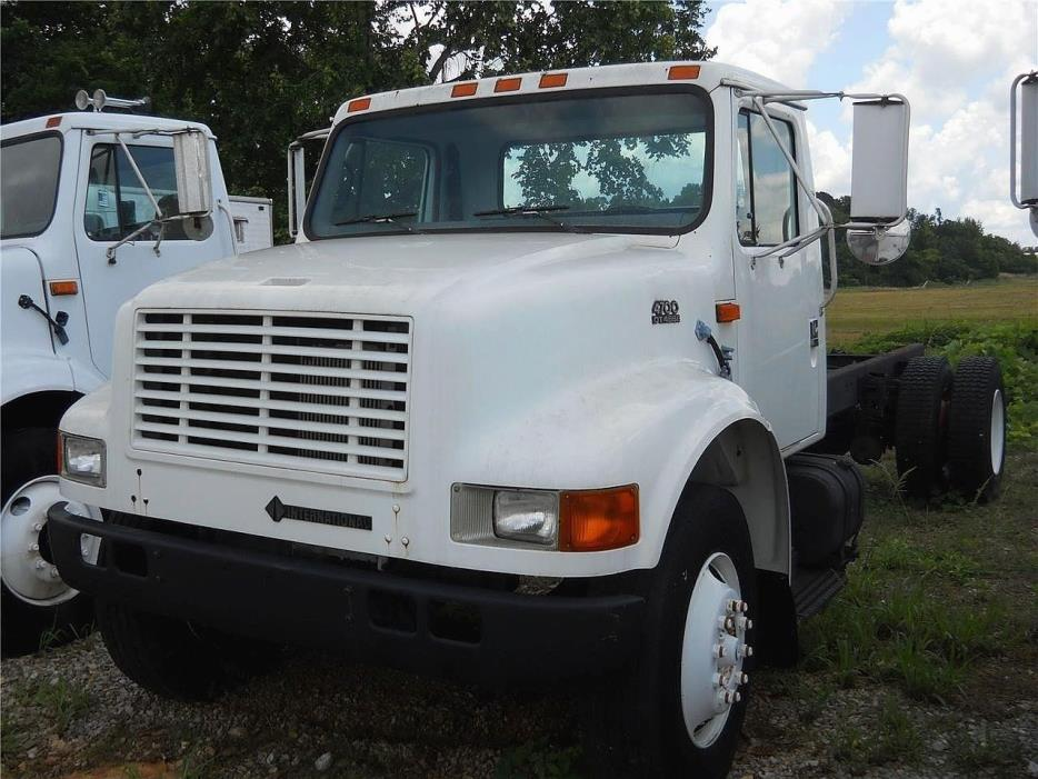1998 International 4700  Cab Chassis