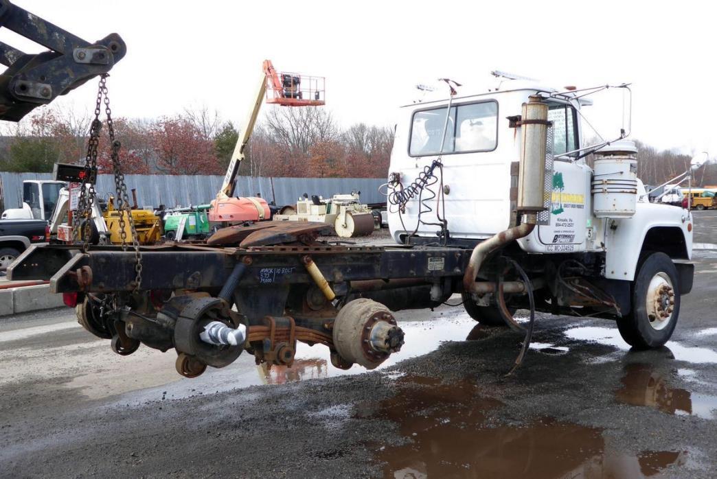 1988 Mack R-Model Salvage Truck, 2