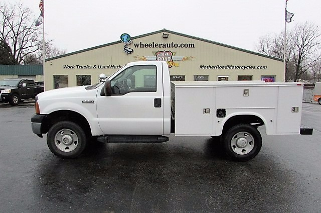 2006 Ford F350  Utility Truck - Service Truck
