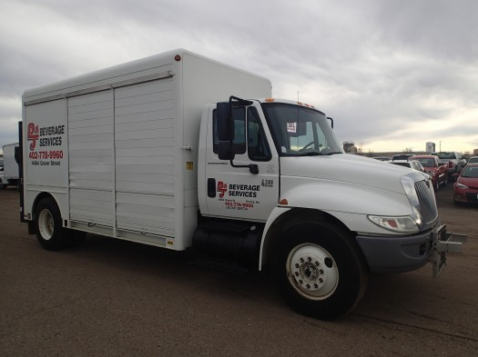 2007 International 4300 Hackney Beverage Body Beverage Truck