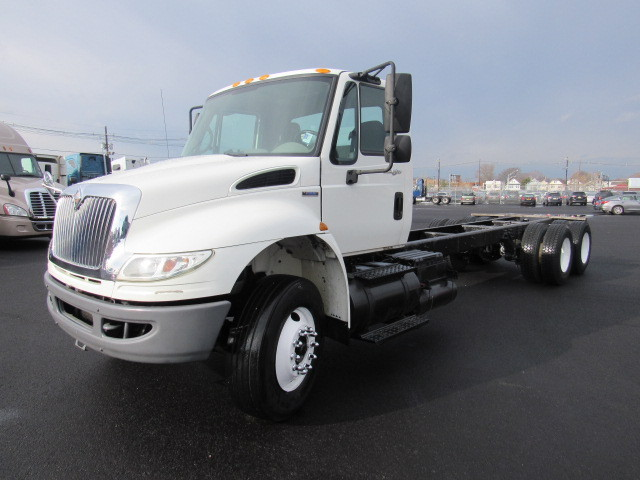 2009 International 4400 Cab Chassis