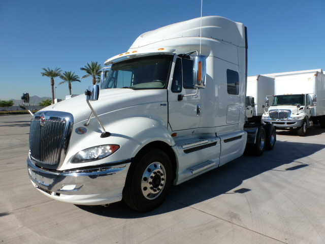 2012 International Prostar  Conventional - Sleeper Truck