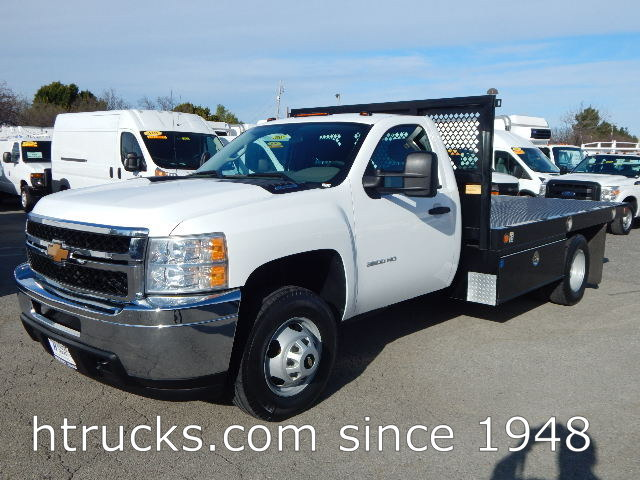 2014 Chevrolet 3500 Flatbed Truck