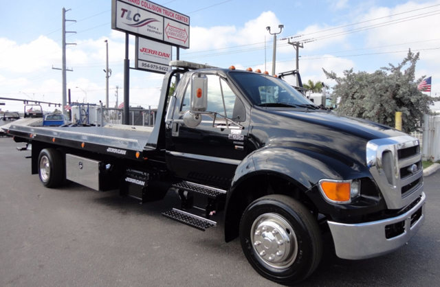 2011 Ford F650 Car Carrier