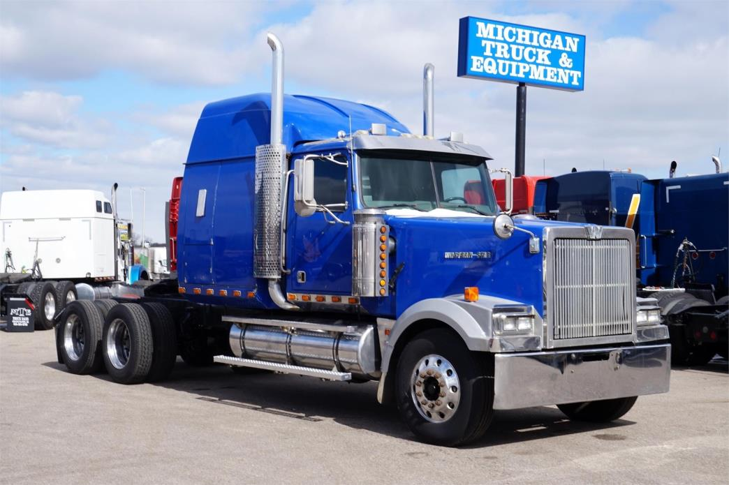 1999 Western Star 4964ex  Conventional - Sleeper Truck