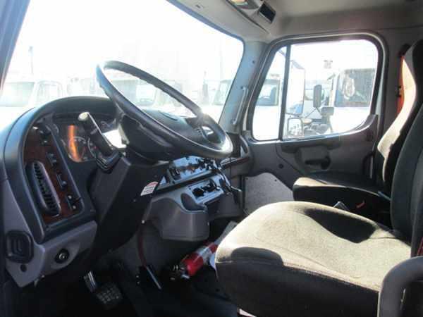 2014 Freightliner M2 106 Box Truck - Straight Truck, 5