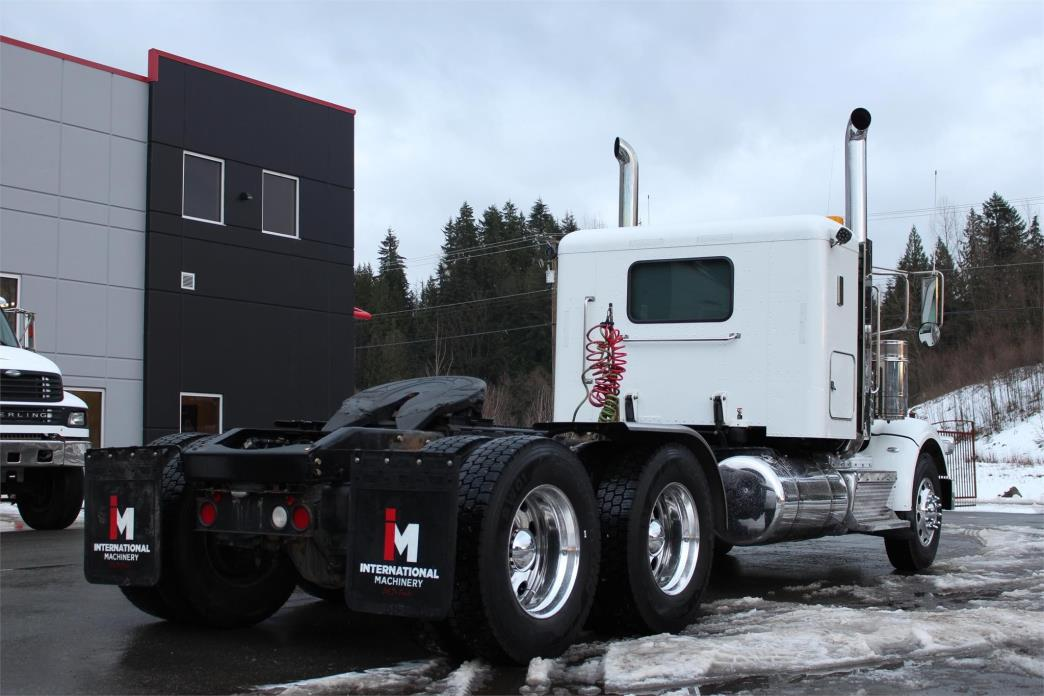 2014 Peterbilt 367 Conventional - Sleeper Truck, 6