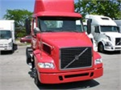 2007 Volvo Vnl42t300  Conventional - Day Cab