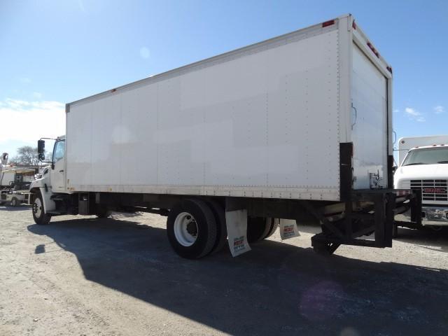2009 Hino 338 Moving Van, 4