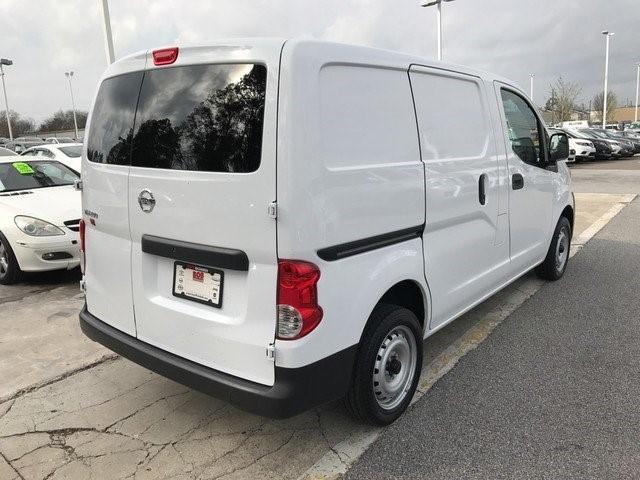 2016 Nissan Nv200 Cargo Van, 5