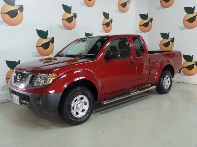 2015 Nissan Frontier Pickup Truck, 1