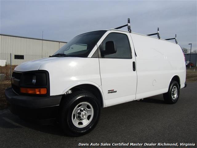 2006 Chevrolet Express Cargo Van, 1