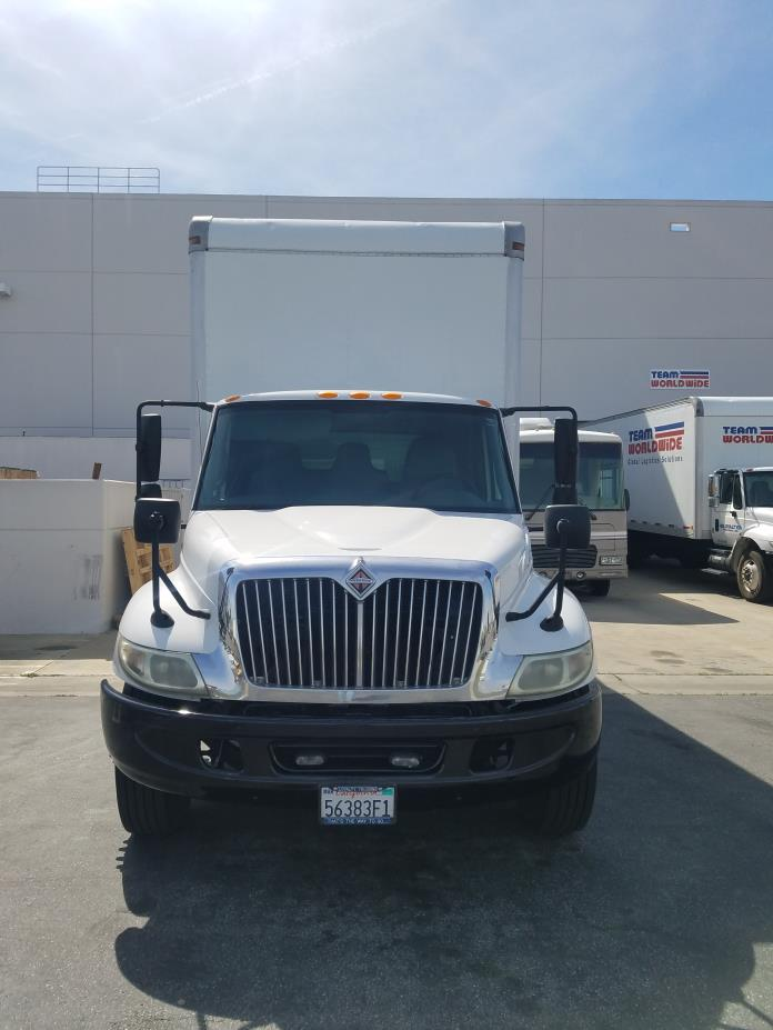 2006 International 4300dt Box Truck - Straight Truck