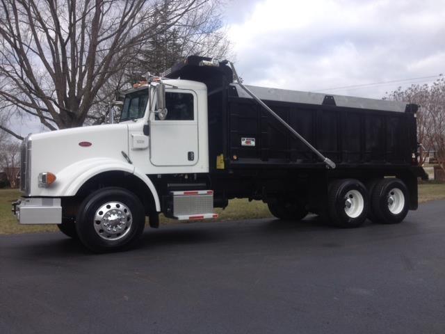 2011 Peterbilt 378  Dump Truck