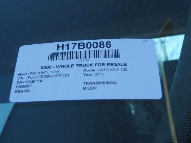 2012 Freightliner Cascadia Conventional - Day Cab, 7