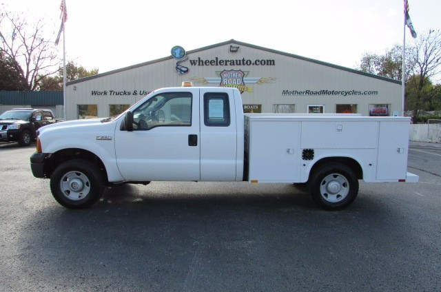 2007 Ford F250  Utility Truck - Service Truck