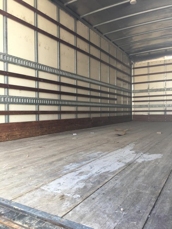 2012 Hino 268 Box Truck - Straight Truck, 4