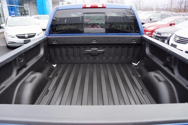 2016 Chevrolet Silverado 1500 Pickup Truck, 6