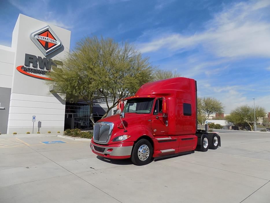 2012 International Prostar Eagle  Conventional - Sleeper Truck