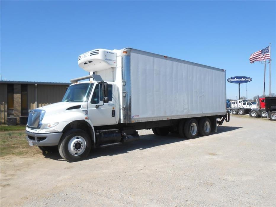 2009 International 4400  Refrigerated Truck