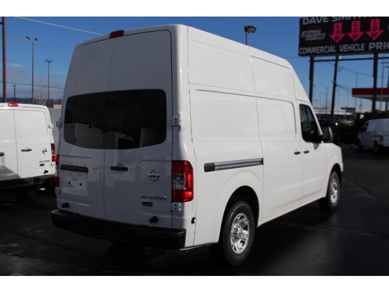 2017 Nissan Nv2500hd Cargo Van, 5
