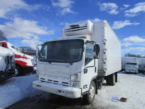 2013 Isuzu Nrr  Refrigerated Truck