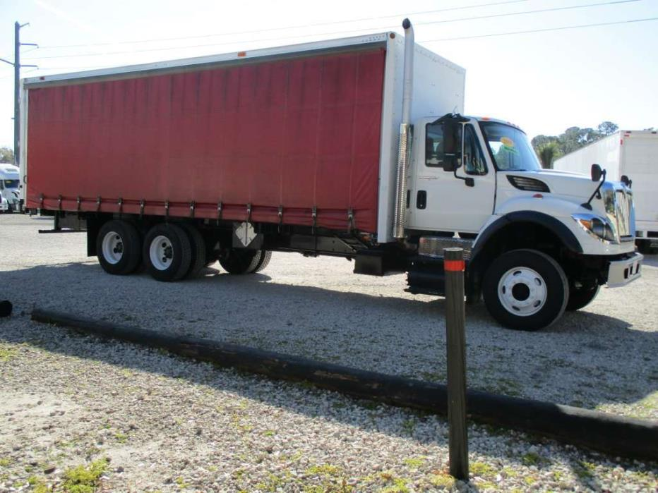 2009 International Workstar 7600 Box Truck - Straight Truck, 5