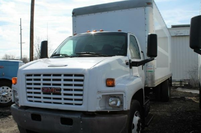 2007 Gmc C7500 Box Truck - Straight Truck