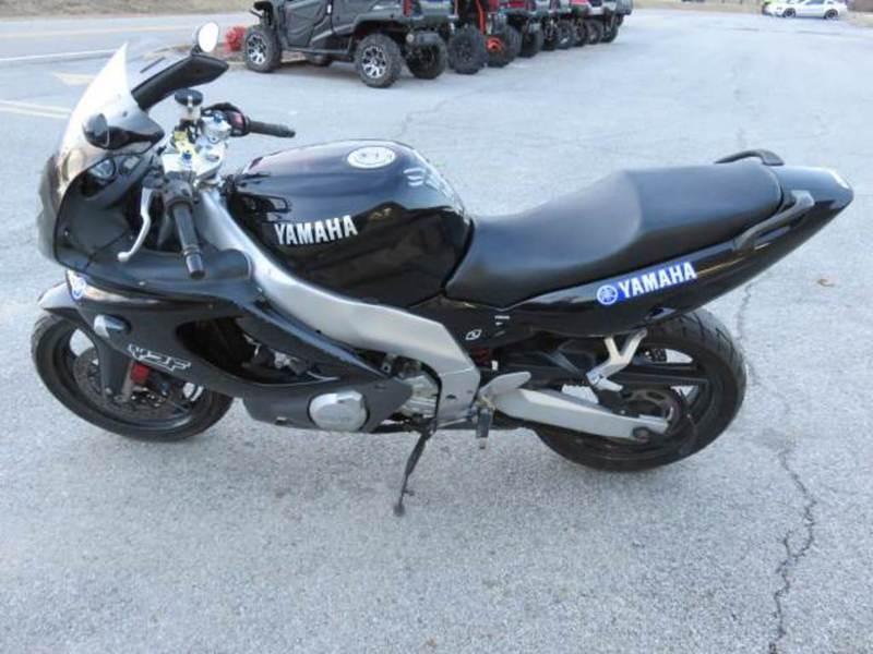 2001 Yamaha YZF 600R