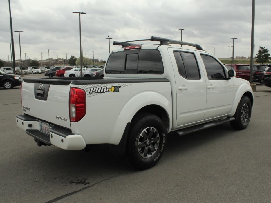 2014 Nissan Frontier Pickup Truck, 3