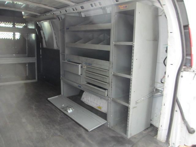 2010 Gmc Savana G3500 Cargo Van, 9