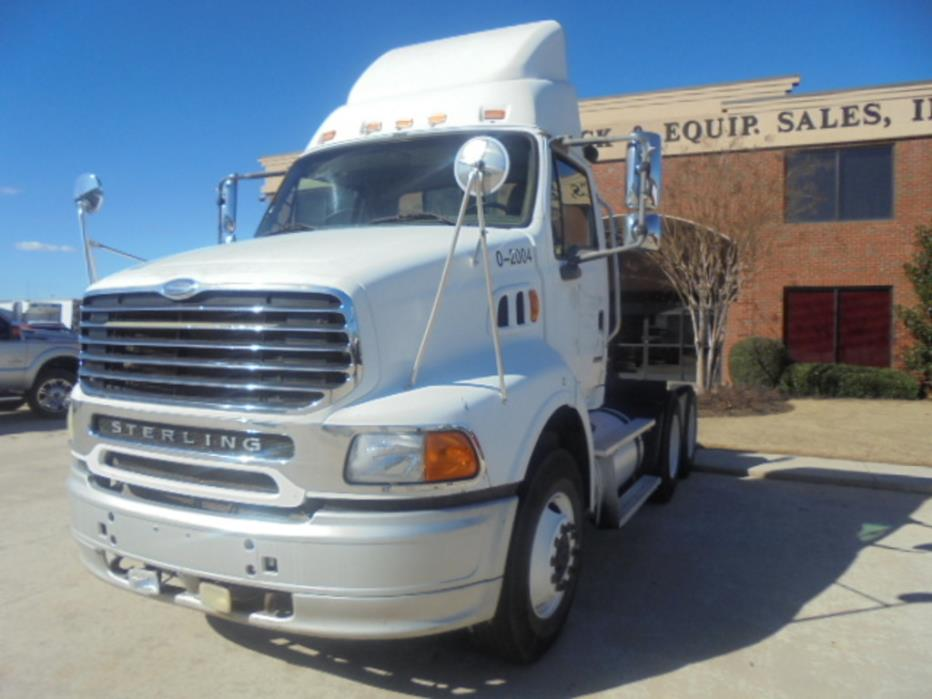2006 Sterling Acterra 8500 Conventional - Day Cab, 1