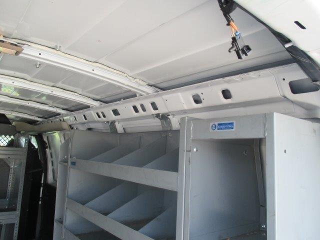 2010 Gmc Savana G3500 Cargo Van, 5